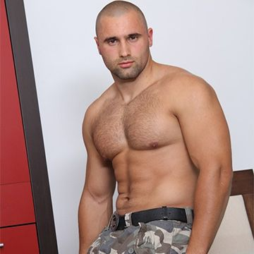 Miguel Funt Is A Manly Muscled Stud | Daily Dudes @ Dude Dump