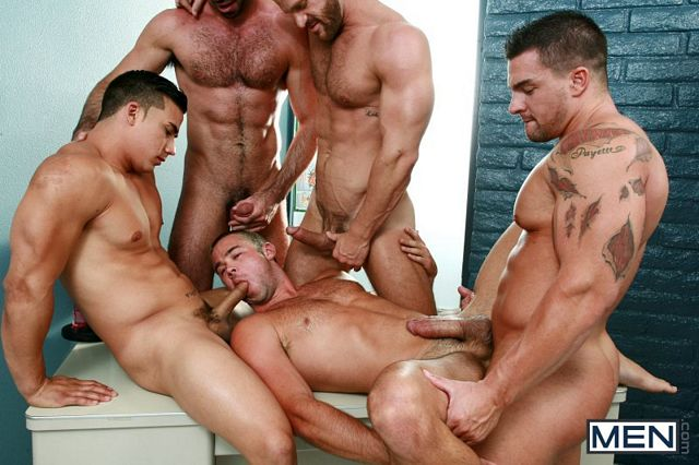 Mike De Marko gets fucked by 4 studs | Daily Dudes @ Dude Dump