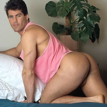 Mike Timber's ready for bed | Daily Dudes @ Dude Dump