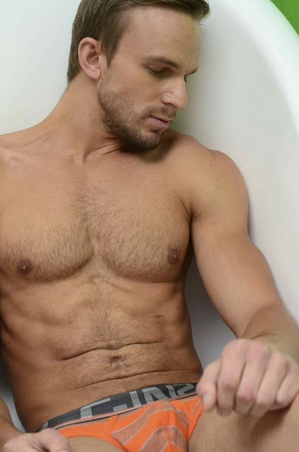 More Of Hunky Tyrone Nell | Daily Dudes @ Dude Dump