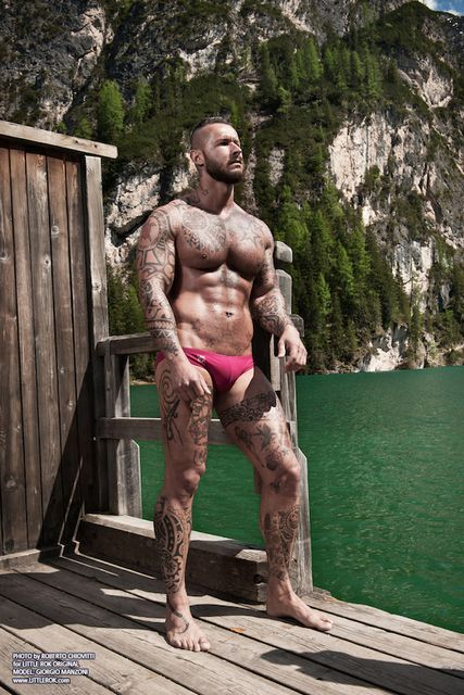 Muscle And Ink – Giorgio Manzoni By Roberto Chio | Daily Dudes @ Dude Dump