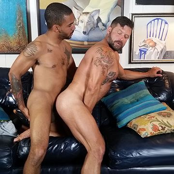 Muscle Daddy Gets a Niner   Daily Dudes @ Dude Dump