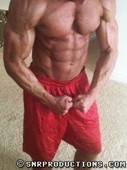 Muscled Hottie Bobby99 At CWH | Daily Dudes @ Dude Dump