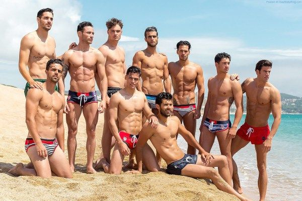 Now This Is A Beach Party Worth Going To! | Daily Dudes @ Dude Dump