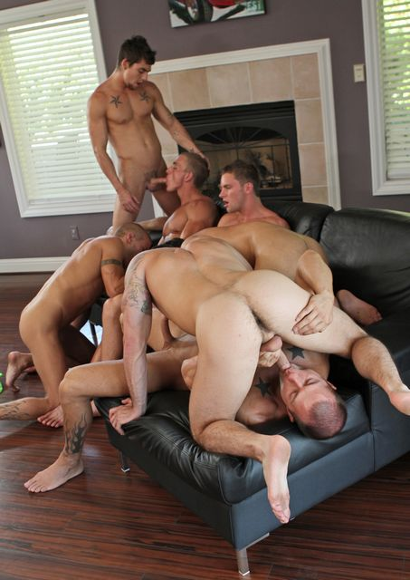 Official Suds & Studs: Seven men orgy! | Daily Dudes @ Dude Dump