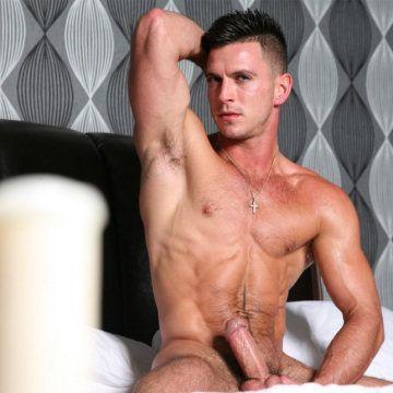Paddy O'Brian bulge 'n' boner | Flesh  | Daily Dudes @ Dude Dump
