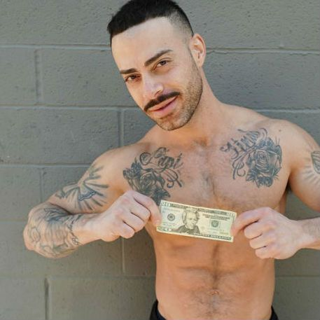 Personal trainer Carlos shows himself for cash | Daily Dudes @ Dude Dump