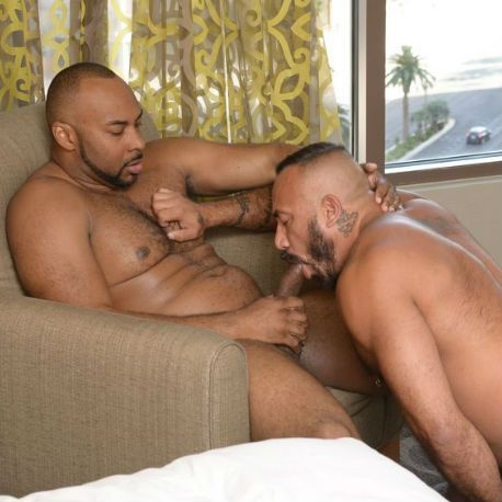 Ray Diesel and Alessio Romero fuck RAW | Daily Dudes @ Dude Dump