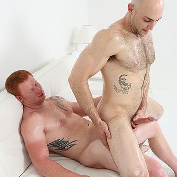 Redhead Hunk Ass | Daily Dudes @ Dude Dump