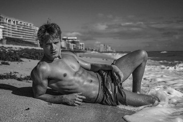 Renan Corbani photographed by Luiz Moreira For Bra   Daily Dudes @ Dude Dump