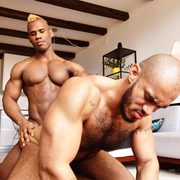 Ridder barebacks Louis | Daily Dudes @ Dude Dump