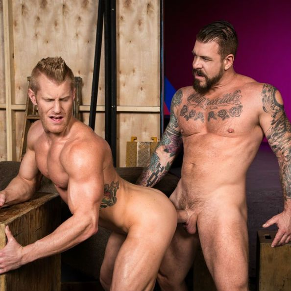 Rocco Steele fucks Johnny V | Daily Dudes @ Dude Dump