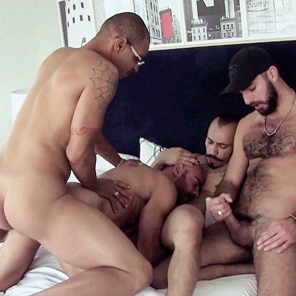Romero Santos, Nicko Wilder and Red barebackTony | Daily Dudes @ Dude Dump