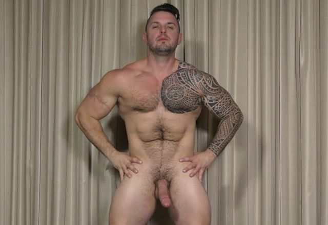 Ronnie J. the muscled hairy hunk | Daily Dudes @ Dude Dump