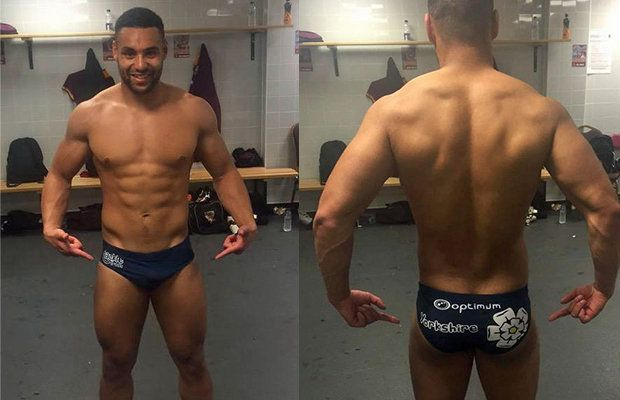 Rugby player Jodie Broughton is proud of his rippe | Daily Dudes @ Dude Dump