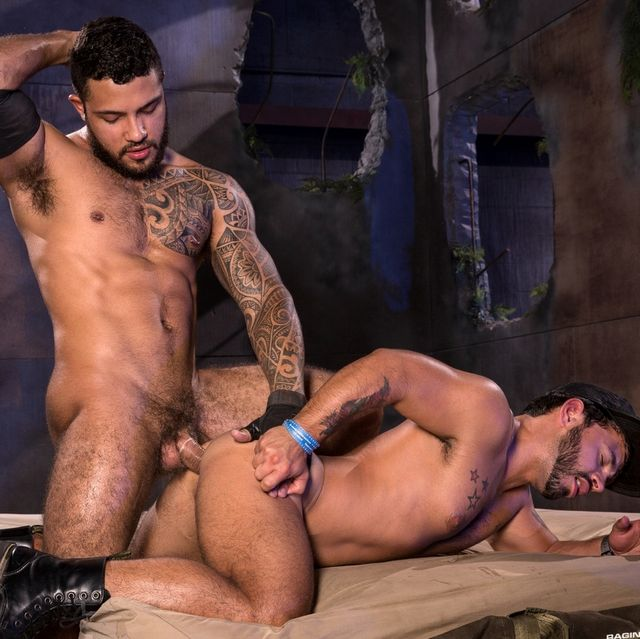 "Ryan Cruz Fucks Rafael Lords in ""Wasteland"" 