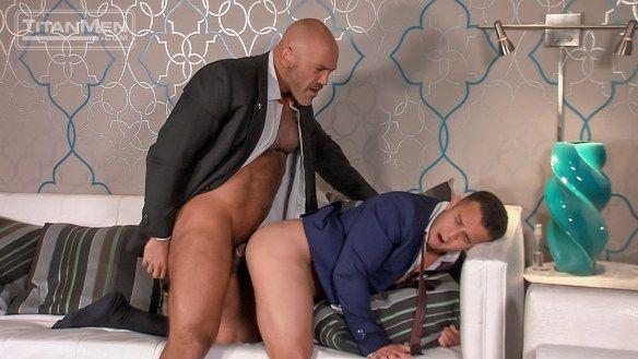Ryan Paul gets lobbied HARD by Jesse Jackman   Daily Dudes @ Dude Dump