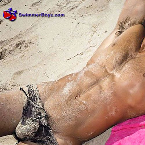 Sandy Speedos | Daily Dudes @ Dude Dump