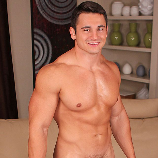 Sean Cody's Newest Bodybuilder | Daily Dudes @ Dude Dump