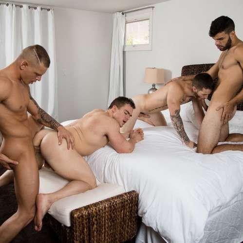 Sexy Guys Having Bareback Foursome | Daily Dudes @ Dude Dump