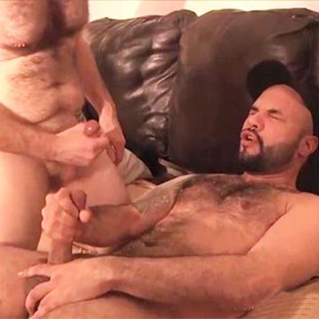 Sexy Hairy Str8 Man Otto Fully Serviced | Daily Dudes @ Dude Dump