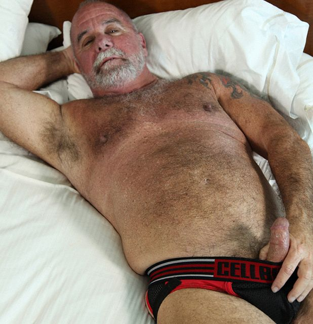 Sexy Silver Daddy | Daily Dudes @ Dude Dump