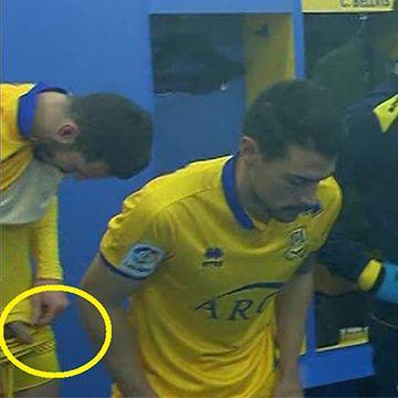 Spanish footballer flashes dick | Daily Dudes @ Dude Dump