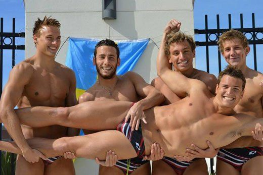 Speedo Fondle | Daily Dudes @ Dude Dump