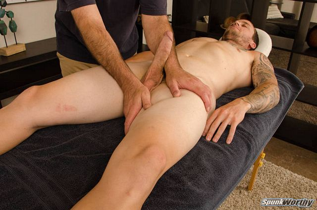Str8 Blake enjoys his first gay hand job! | Daily Dudes @ Dude Dump