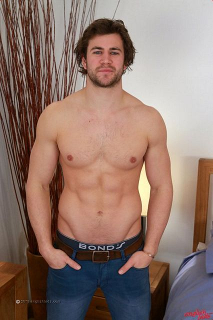 Straight ozzie rugby player Cory Burns jerks off | Daily Dudes @ Dude Dump