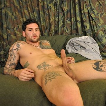 Super Handsome Firefighter Landon   Daily Dudes @ Dude Dump