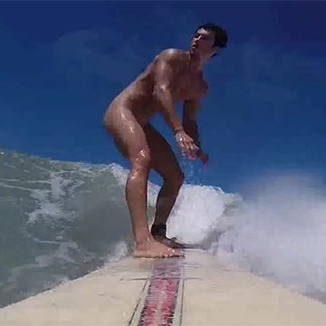 Surfing totally naked | Daily Dudes @ Dude Dump