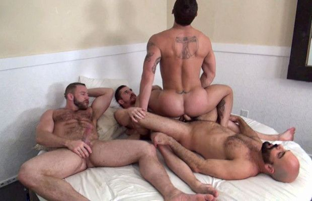 Tate Ryder gets double-fucked raw | Daily Dudes @ Dude Dump