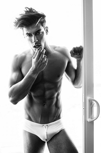THE HANDSOME ANDREA DENVER | Daily Dudes @ Dude Dump