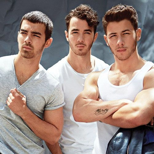 The Jonas Brothers look hot | Daily Dudes @ Dude Dump