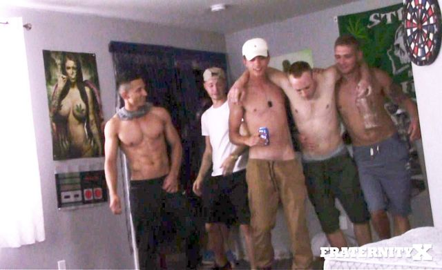 The naked housemates diaries: ? Rent paid! ? | Daily Dudes @ Dude Dump