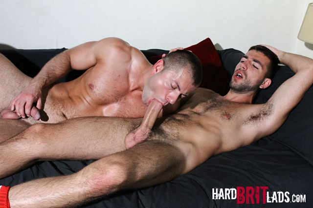 Thick dicked Damian Boss fucks Yohann Banks | Daily Dudes @ Dude Dump