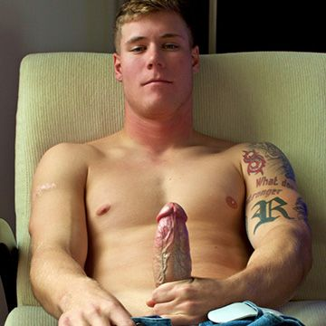 Thick & Veiny Cock | Daily Dudes @ Dude Dump