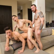 This straight guy can't refuse a threesome!   Daily Dudes @ Dude Dump