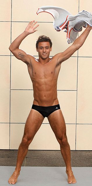Tom Daley is Bisexual | Daily Dudes @ Dude Dump