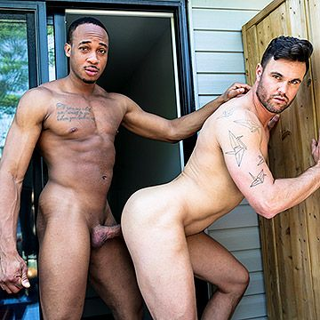 Trent King Barebacks Beau | Daily Dudes @ Dude Dump