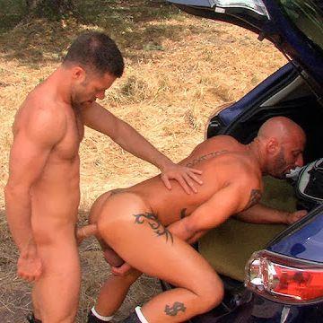 Tristan Jaxx fucks Aymeric DeVille outdoor | Daily Dudes @ Dude Dump