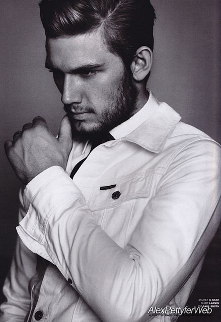 Up And Coming Actor Alex Pettyfer | Daily Dudes @ Dude Dump