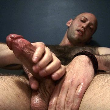 Very Hairy Guy Cums | Daily Dudes @ Dude Dump