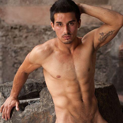 Watch Raffaele stroke his big cock | Daily Dudes @ Dude Dump
