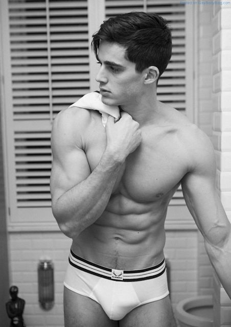 We Need More Of Pietro Boselli | Daily Dudes @ Dude Dump