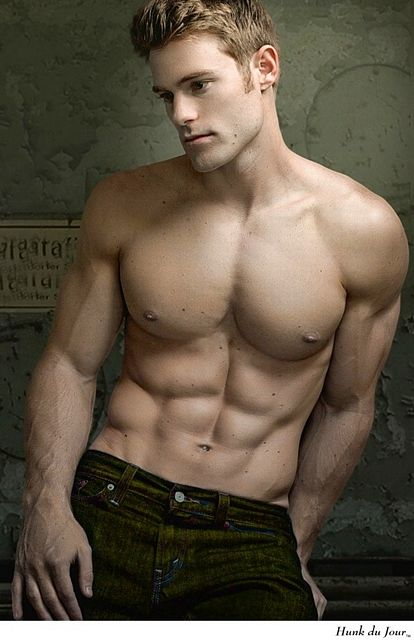 Your Hunk of the Day : Allen Clippinger | Daily Dudes @ Dude Dump