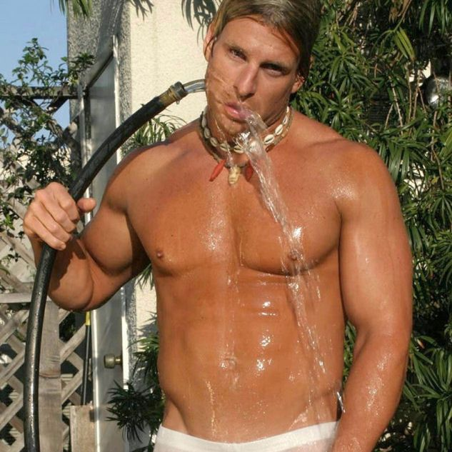 Yvan Cournoyer gets hosed | Daily Dudes @ Dude Dump