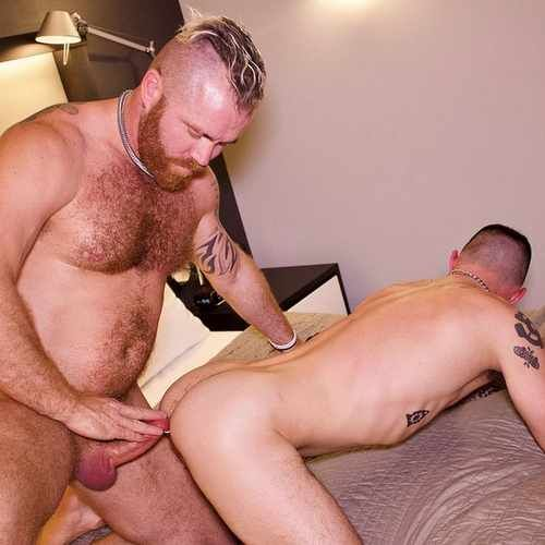 zack acland tops avi jacobs raw – HAIRY GUYS IN GA | Daily Dudes @ Dude Dump